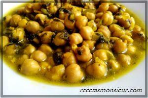 Potaje de espinacas con garbanzos y judías blancas